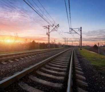 Na trasach kolejowych praca wre avatar