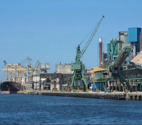 Gdańsk: dziewięć ofert w przetargu na dwie duże inwestycje portu