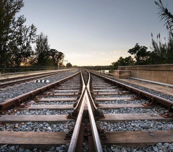 Kto zarządza liniami kolejowymi w Polsce?