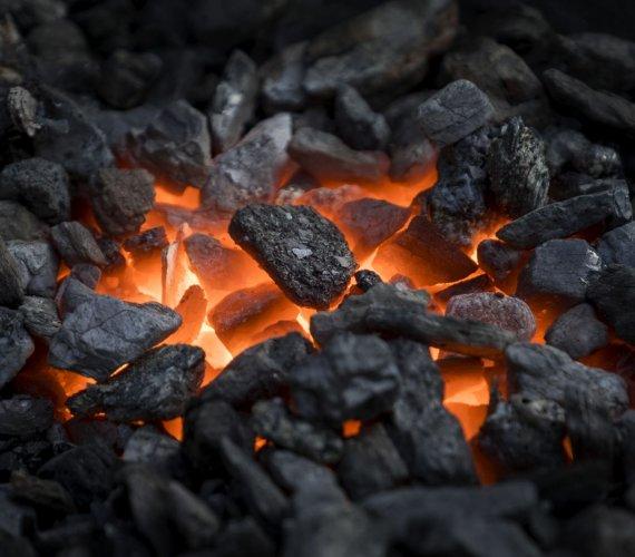 Czy zimą węgiel zdrożeje? Rząd wprowadza nową ustawę