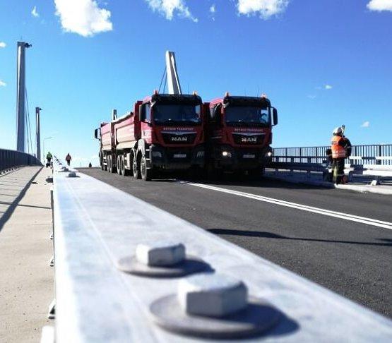 Most na Wyspę Sobieszewską już po próbach obciążeniowych