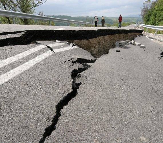 W Portugalii zawaliła się droga. Są ofiary