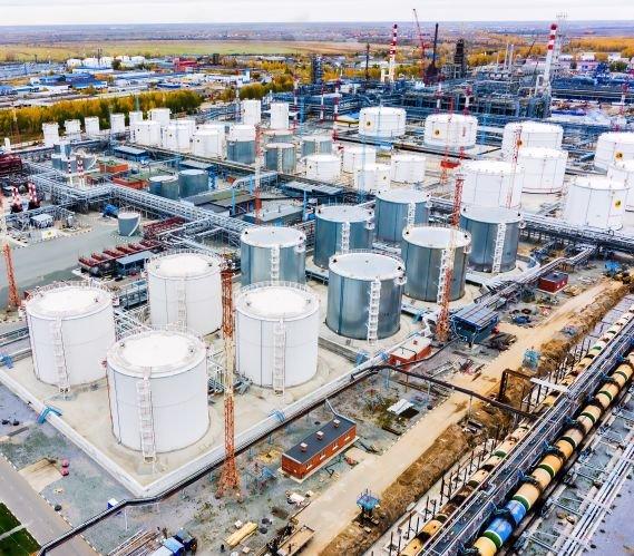 O 1/3 mniej ropy naftowej z Rosji