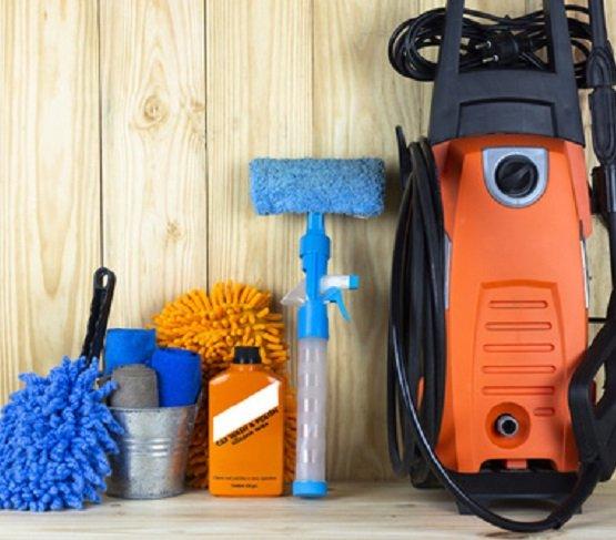 Myjka ciśnieniowa – profesjonalne narzędzie do czyszczenia, które przyda się w każdym domu