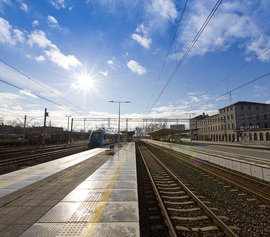 Rewitalizacja linii kolejowej z Żor do Rybnika na finiszu