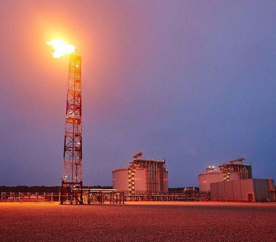 PGNiG sprzedało skroplony gaz ziemny na Ukrainę