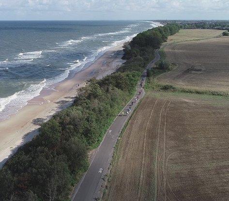 Otwarto trasę rowerową wzdłuż wybrzeża Bałtyku