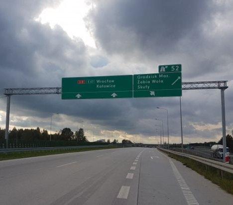 Można już jeździć drogą ekspresową S8 między Radziejowicami a Przeszkodą