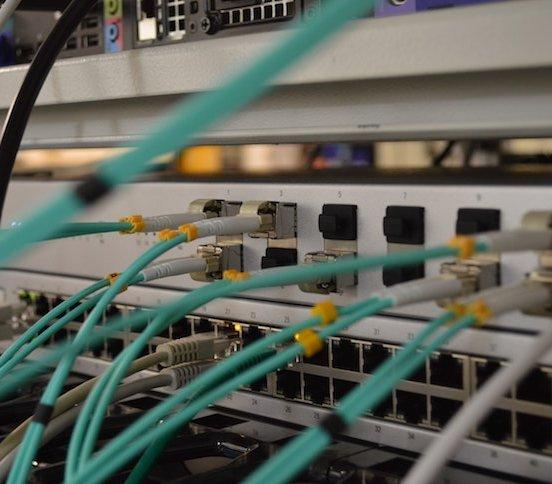 Narzędzia światłowodowe, czyli z czego korzysta monter sieci