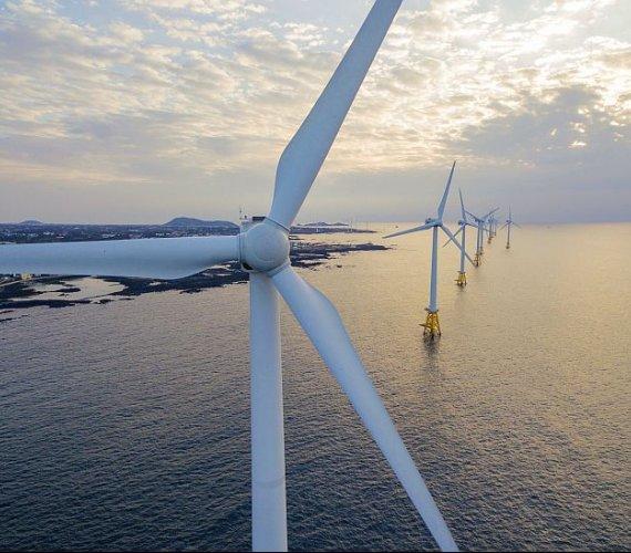 Morska energetyka wiatrowa na Bałtyku szansą na transformację w Polsce?