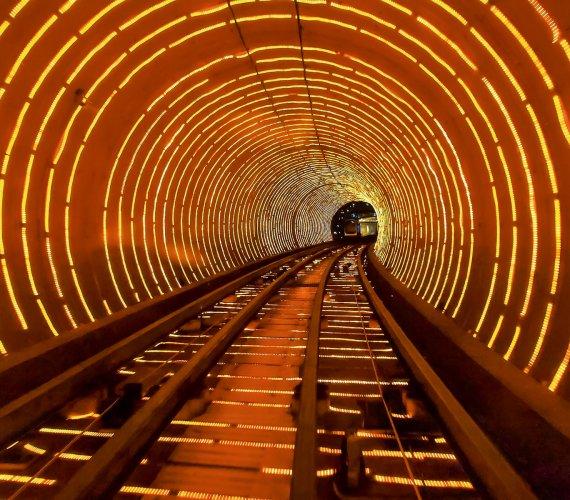 Tysiące kilometrów tuneli…