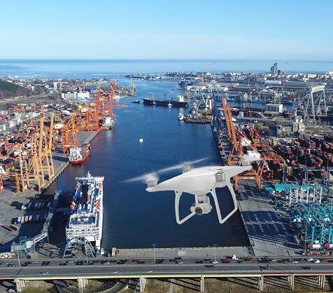 Portu Gdynia będą strzegły drony