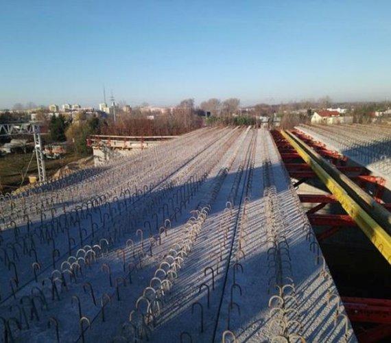 W Koninie powstaje wiadukt drogowy nad linią kolejową Poznań‒Warszawa