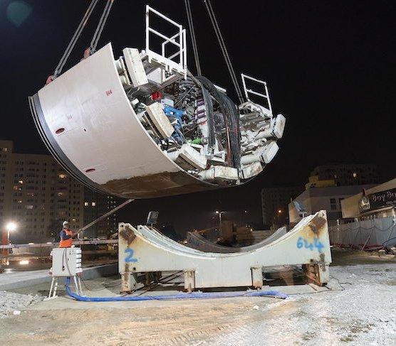 Rozpoczął się transport elementów maszyn TBM na Bródno