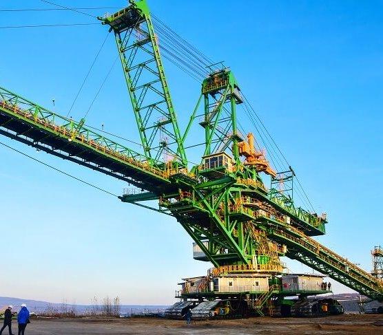 Oto nowa olbrzymia zwałowarka kopalni Turów