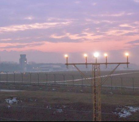 Rozbudowa lotniska Kraków-Balice: jest rezolucja