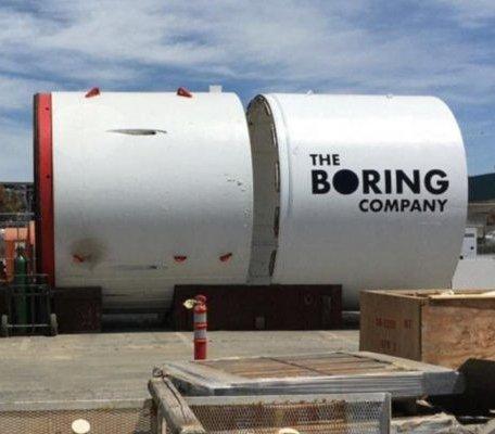 Musk chce drążyć tunele z prędkością 1,6 km dziennie