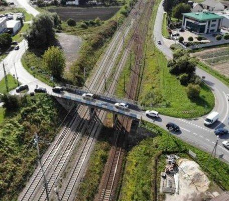 Cztery firmy chcą budować wiadukt na granicy Krakowa