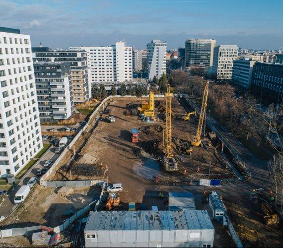 Ściana szczelinowa i mikropale na budowie biurowca we Wrocławiu