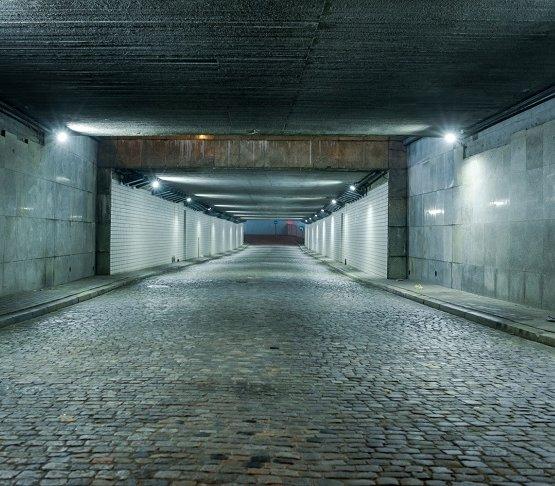 Warszawa: koniec projektu oświetleniowego w tunelach