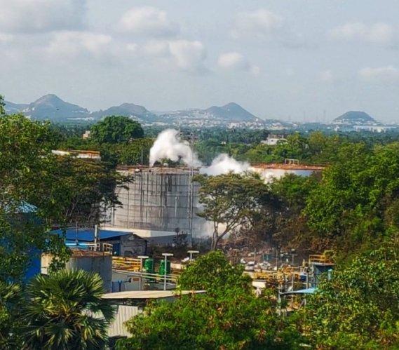 Wyciek gazu w Indiach: co najmniej 10 ofiar śmiertelnych