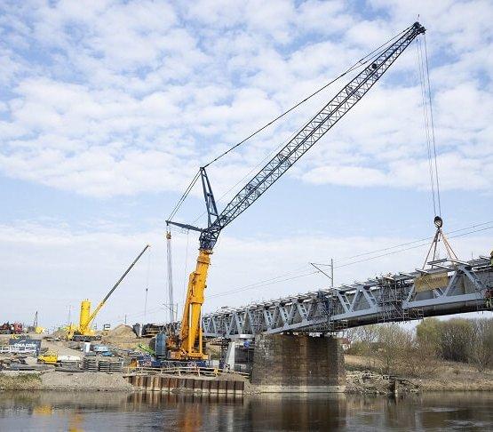 Kolejarze przebudują 100 mostów i wiaduktów