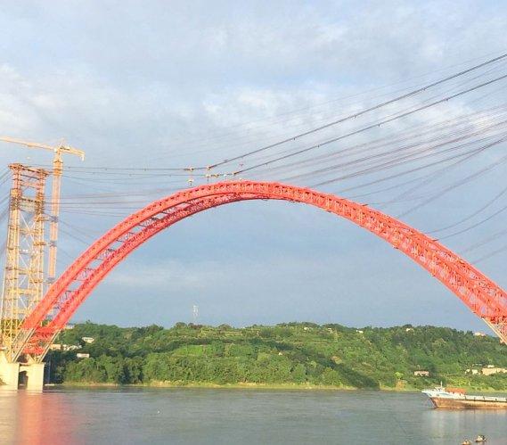 Najdłuższy most typu CFST w Chinach niemal gotowy