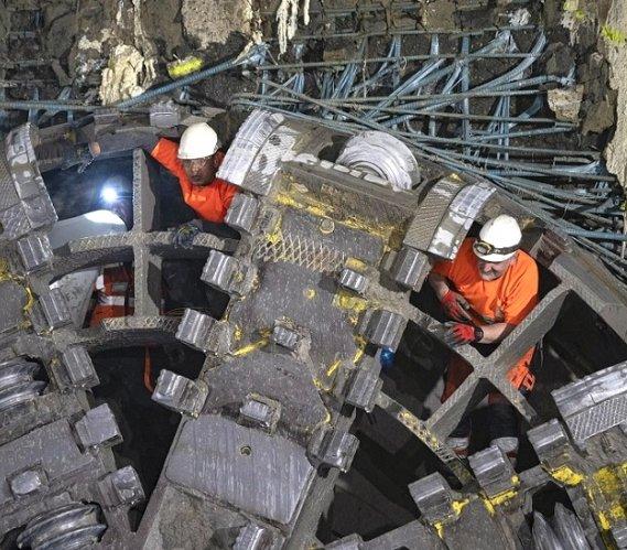 II linia metra w Warszawie: kolejny tunel już wydrążony