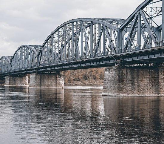 Toruń: budowa platform widokowych na moście Piłsudskiego