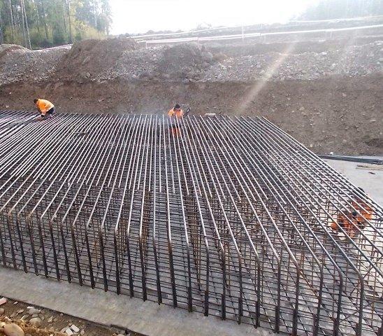 Zbrojenie fundamentów obiektów mostowych w Małopolsce