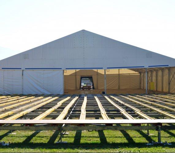 Jak powstają hale namiotowe?