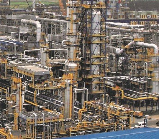 Pierwsze biokomponenty w historii rafinerii Lotosu