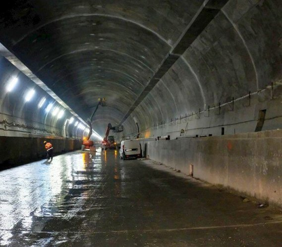S7-zakopianka: pierwszy przejazd tunelem [zdjęcia, wideo]
