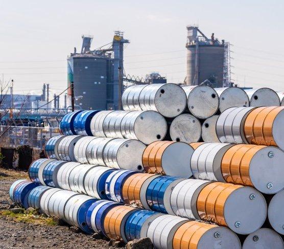 Pierwszy w historii terminowy kontrakt Orlenu na amerykańską ropę