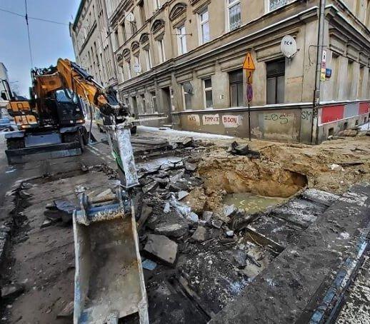 Kosztowna zima w Łodzi. Problemem pękające rury
