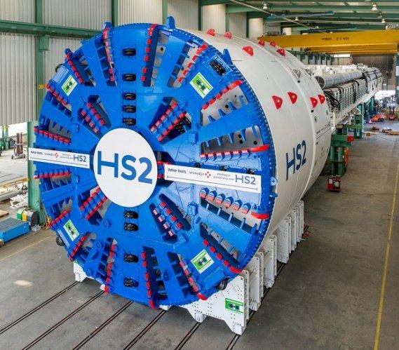 Gigantyczne TBM na budowie tunelu kolejowego w Wielkiej Brytanii
