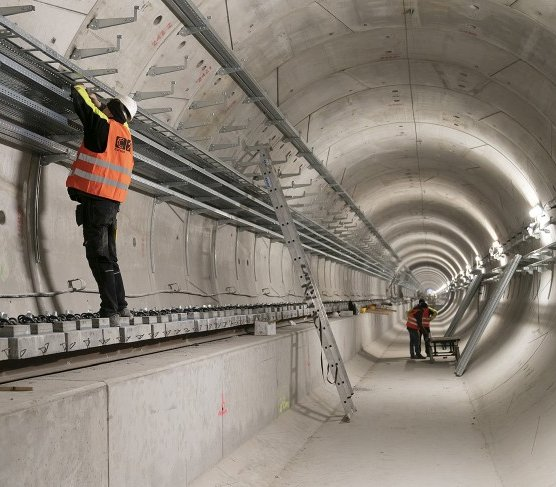 Metro na Bródno: intensywne prace przy torowisku [zdjęcia]