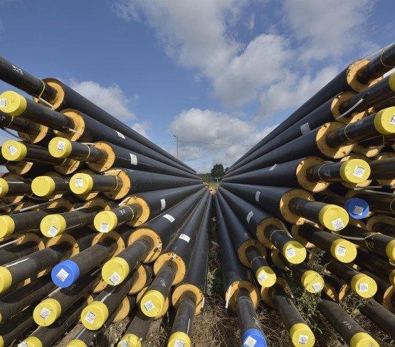 Preizolowany rurociąg dostarczy ropę i gaz z Kamienia Małego