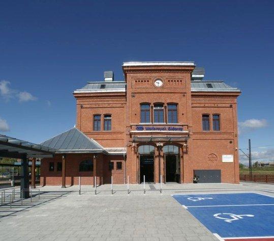 Dworzec Wałbrzych Główny wygląda jak za dawnych czasów