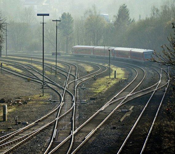 Przetarg na przebudowę linii od Sosnowca w stronę Dąbrowy Górniczej