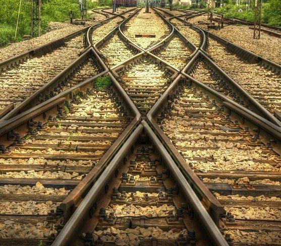 Umowa na prace nad kolejną linią kolejową do CPK