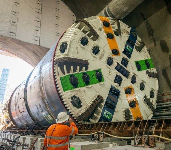 Brisbane: TBM na półmetku drążenia tuneli kolejowych