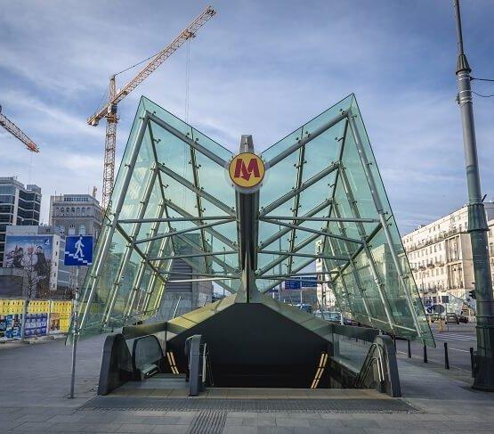 Warszawa: stacje II linii metra zamknięte na 11 dni