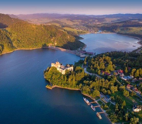 Na dnie Jeziora Czorsztyńskiego ułożono linię energetyczną