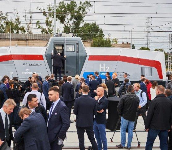 Orlen kupi pierwszą w Polsce wodorową lokomotywę