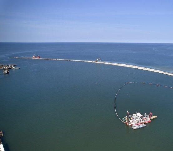 Falochron, sztuczna wyspa, most – aktualne prace na Mierzei Wiślanej