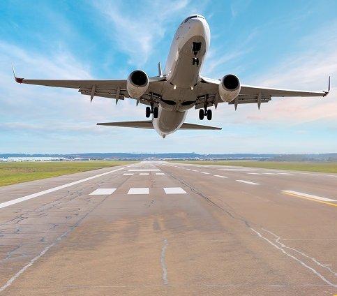 Kraków Airport: rozpoczyna się rozbudowa płyty postojowej