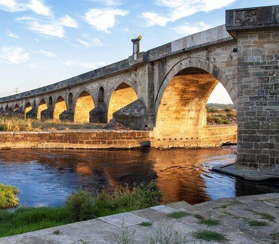 Renowacja jednego z najdłuższych kamiennych mostów na świecie