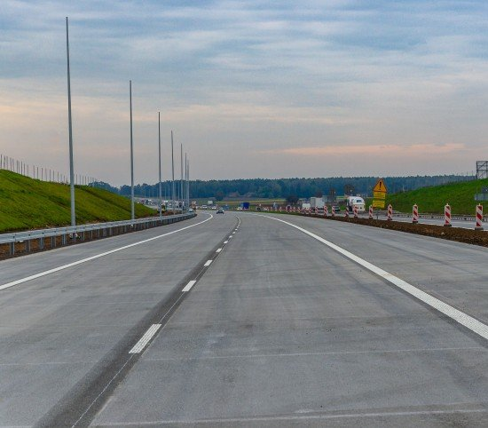 A1: od Tuszyna do Częstochowy ruch po dwóch pasach w obie strony