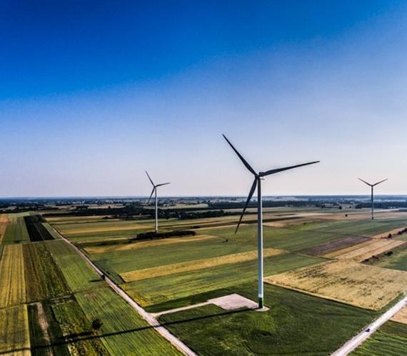 Jakie kruszywa zostały wykorzystane na budowie farmy wiatrowej w Lubartowej?